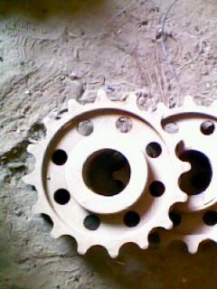 16齿链轮